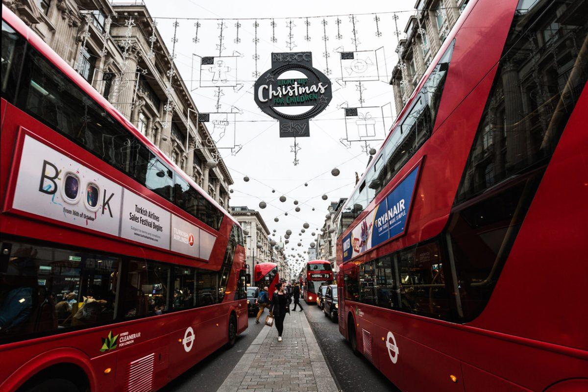 Oxford Street avec bus impérial