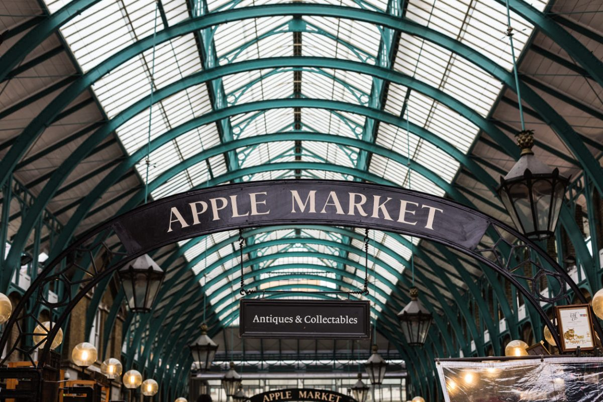 Covent Garden Market Apple market