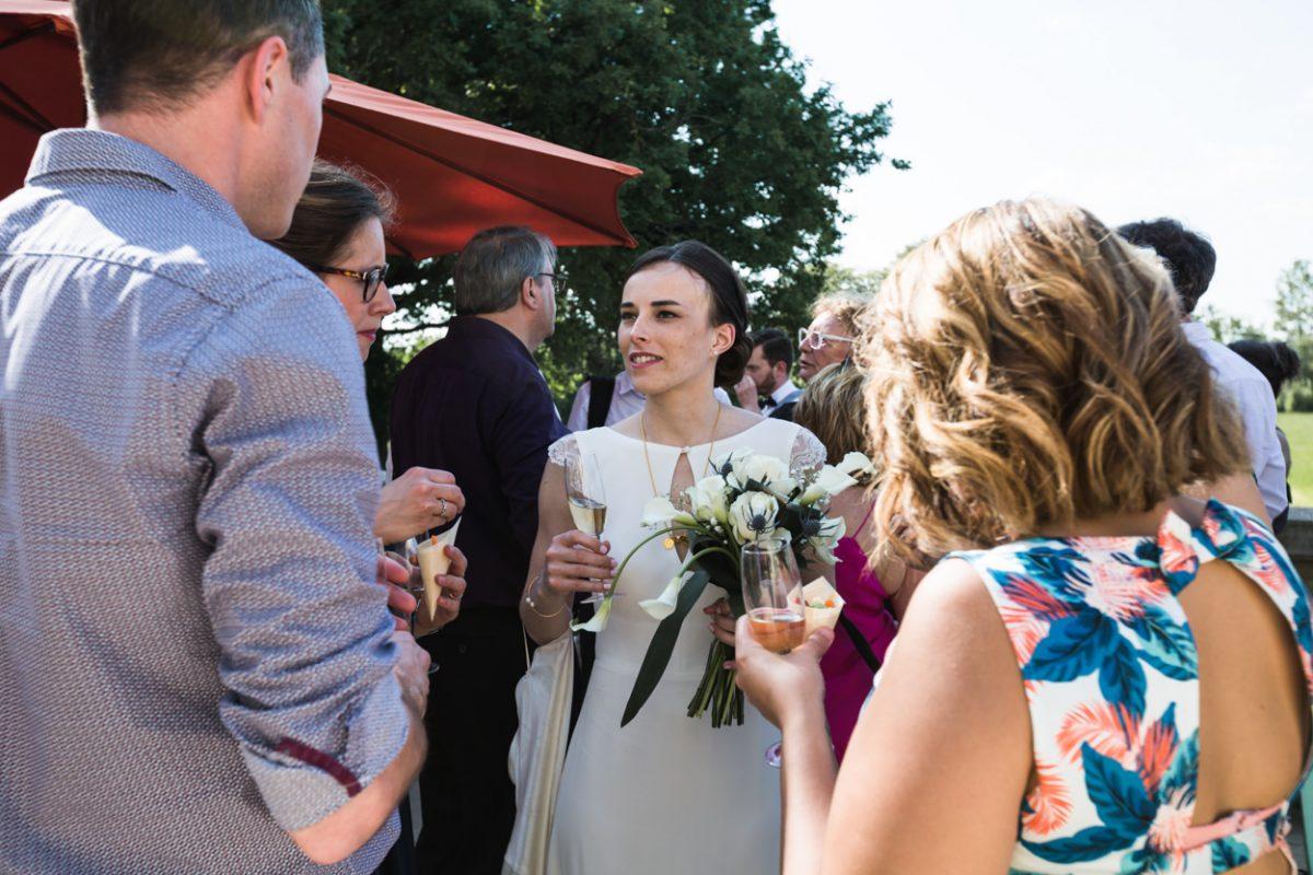 Cocktail Photo de groupe mariage_Chateau-de-Vair